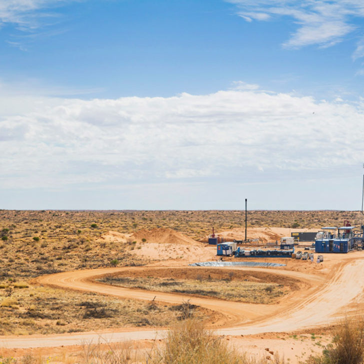 Oil well being drilled in the South Australian Cooper Basin